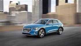Audi e-tron電動休旅車。(圖/Audi提供)