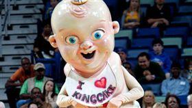 最詭異吉祥物!紐奧良鵜鶘包辦冠亞軍 吉祥物,詭異,紐澳良鵜鶘 翻攝自推特