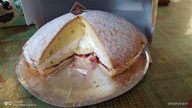 彌月蛋糕,切刀,加料,驚喜,品管,/翻攝自爆怨公社