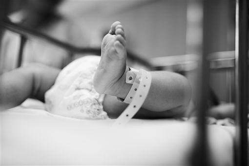 生產、新生兒、胎兒/Pixabay
