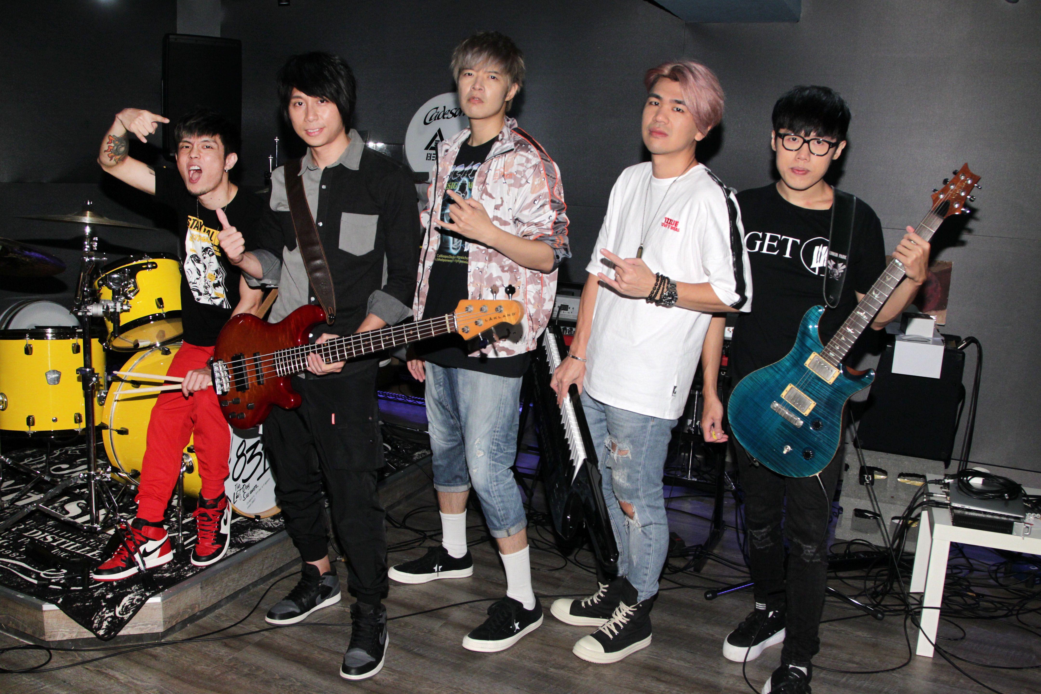 八三夭樂團為第53屆電視金鐘頒獎典禮練團彩排。(記者邱榮吉/攝影)
