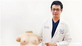 ▲為確保乳房健康,女性朋友如發現不適或健檢結果異常應及早就醫。(圖/萬芳醫院提供)