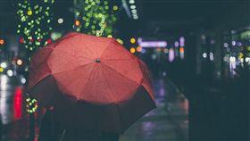 新北,下雨天,雨傘,愛心傘,竊盜罪(示意圖/翻攝自pixabay)