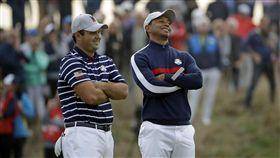 伍茲(右)與瑞德聯手,未能為美國隊拿下分數。(圖/美聯社/達志影像)