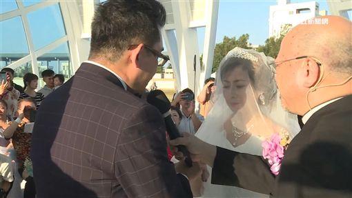 廖峻手牽癌末新娘 水晶教堂完婚圓夢 ID-1566572