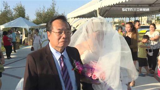 廖峻手牽癌末新娘 水晶教堂完婚圓夢