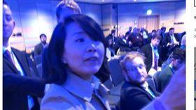 英保守黨舉辦「香港自由」研討會 中國籍女子鬧場、打人(圖/翻攝自本土新聞)