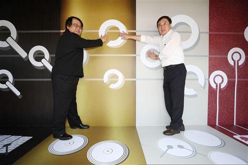 朱宗慶改造貨櫃成樂器箱 分享打擊