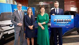 Toyota歐洲第200萬油電車主(圖/翻攝網路)