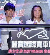 動力火車攻完南北巨蛋後,前進台中台灣首場在方程式賽車場開演唱會。(記者邱榮吉/攝影)