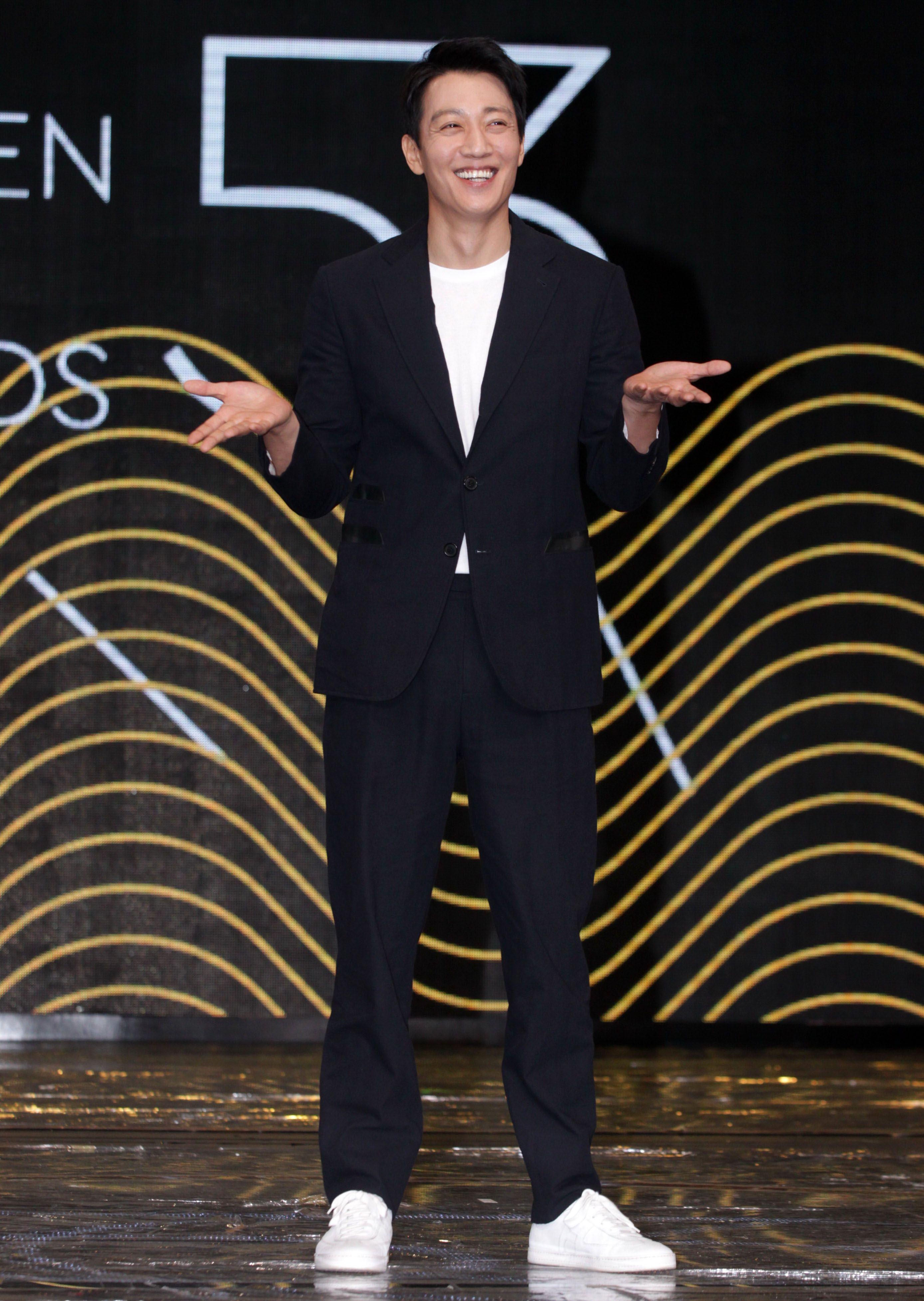 韓星金來沅來台擔任金鐘53頒獎人。(記者邱榮吉/攝影)
