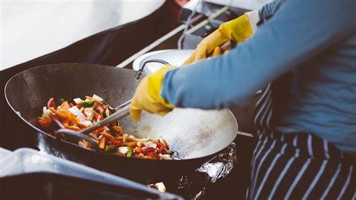 廚師,煮菜,下廚,/翻攝自Pixabay