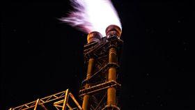 煉油廠 石油 原油 圖/翻攝自pixabay https://pixabay.com/photo-1980293/