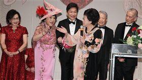 李朝永、周遊紅寶石婚禮前副總統呂秀蓮到場祝福。(記者邱榮吉/攝影)