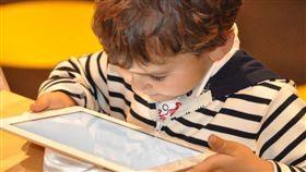 小學生,抖音,露奶,家長,管教,平板,手機,男童(圖/翻攝自pixabay)