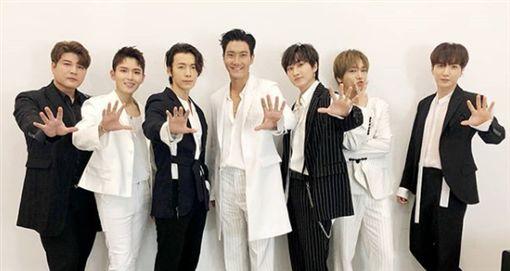 Super Junior,強仁,酒駕,回歸(圖/翻攝自SJ、強仁IG)