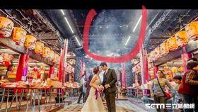 新人拍婚紗煙霧驚見人臉。