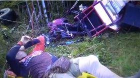 ▲墜毀的動力滑翔傘。(圖/翻攝自mthai新聞網) https://news.mthai.com/general-news/677821.html
