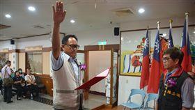 花蓮縣秀林鄉第17屆鄉長任期僅剩2個月,4年來已「用掉」5位鄉長,「第6位鄉長」蔡光輝今宣布就職。