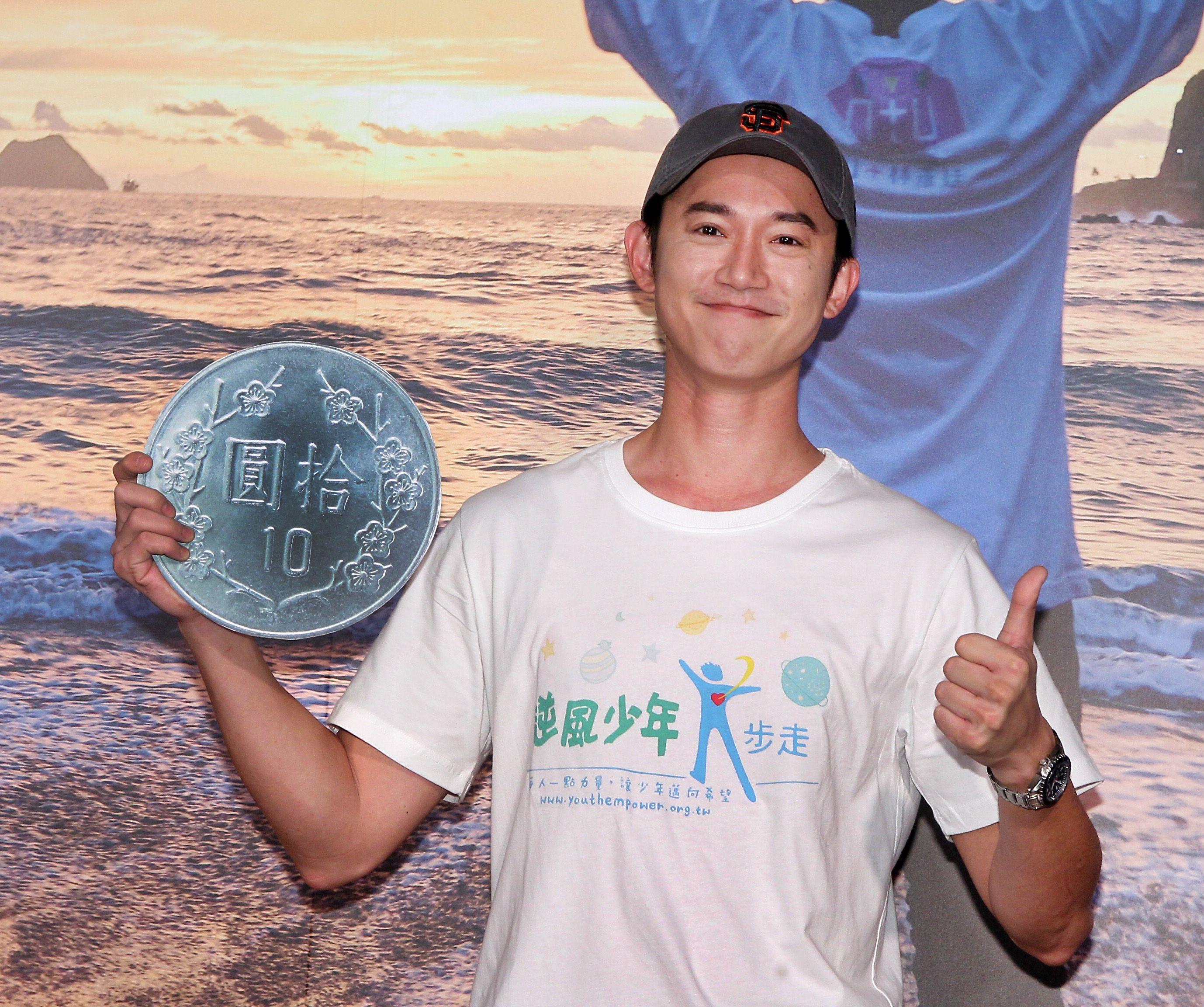 吳康仁響應公益幫助近4萬名逆風少年就學就業,完成夢想,為台灣青少年加油。(記者邱榮吉/攝影)