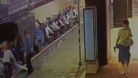南京東路,車禍 圖/翻攝自監視器畫面