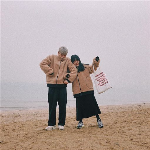 洪瑛琦,李世龍,臉讚家庭(圖/翻攝自kisy0729 Instagram)