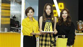 鄧麗欣開設飲料店「一口吖吖」 圖/地球人品牌行銷有限公司提供