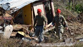 受4級颶風麥可侵襲,搜救人員仍在佛羅里達狹長地帶找尋下落不明的民眾。(圖/翻攝自@FLGuard 推特)