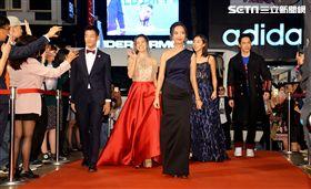 《明日之星》眾演員亮麗現身走紅毯。(圖/妹妹娃娃多媒體)
