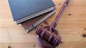 法院,法官,法槌,槌子,律師(圖/翻攝自pixabay)