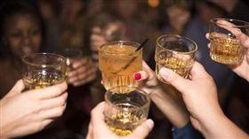 威士忌,喝酒,飲酒(圖/翻攝自PIXABAY)