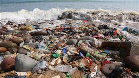 台北,RE-THINK,黃之揚,淨灘,塑膠,垃圾,減塑,NGO。RE-THINK提供