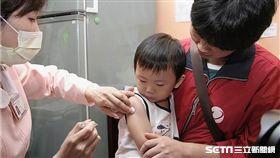 疾管署提醒家長,因學齡前幼童抵抗力較弱,為流感重症的高危險群,應盡速完成流感疫苗接種。(圖非新聞當事人/疾管署提供)