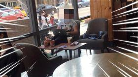 咖啡店,奧客,翹腳,脫鞋,爆怨公社 圖/翻攝自臉書爆怨公社