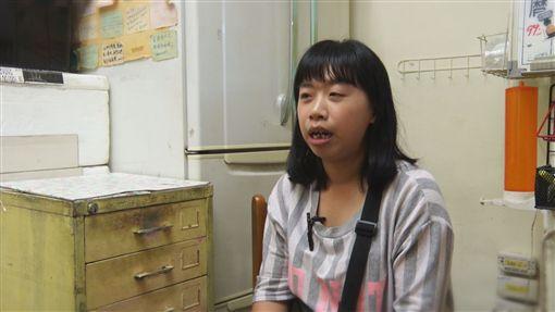 中度智障卻開店十年 她盼有天成功能幫助弱勢,廖倍慧(記者陳則凱攝影)
