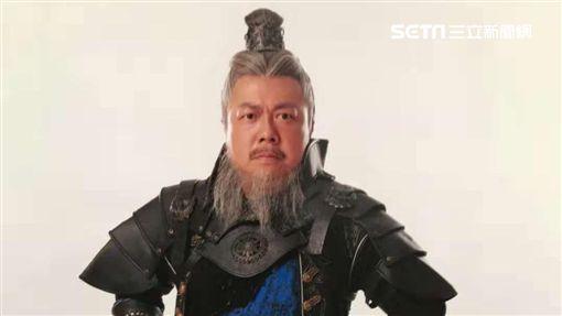 董至成連接兩部古裝戲。(圖/北京飛碟文化提供)