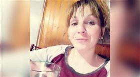 下體塞啤酒瓶導致失血過多的7個月身孕的25歲孕婦卡洛麗娜(Carolina Medina)。(圖/翻攝自@melinahilen_ 推特)