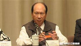 行政院「1021鐵路事故行政調查小組」小組召集人、政務委員吳澤成。(圖/記者盧素梅攝影)