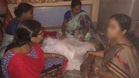 印度,性侵,老阿嬤,老婦,變態男,畢瓦斯,Argha Biswas。(圖/翻攝自推特)