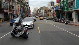 車禍,違規,過馬路,土城/翻攝畫面