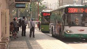 公車狼落網1200