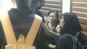 卑南國中老師張加穎今天告別式 張母崩潰:我的女兒走了!