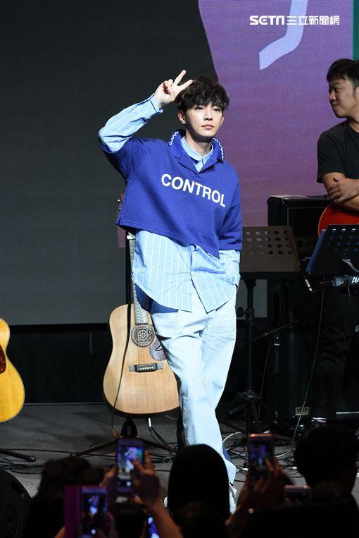 炎亞綸怪物唱遊趴簽唱會台北場