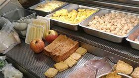 鹹酥雞有「蘋果」? 其實台灣人甚麼都能「炸」!(圖/翻攝自《爆廢公社》)