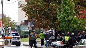 男持槍高喊「猶太人該死」!匹茲堡槍擊案至少10死6傷  圖/翻攝自推特