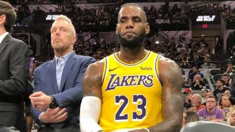 詹皇35分無用 馬刺波總1200勝NBA,洛杉磯湖人,LeBron James,聖安東尼奧馬刺,Gregg Popovich翻攝自推特
