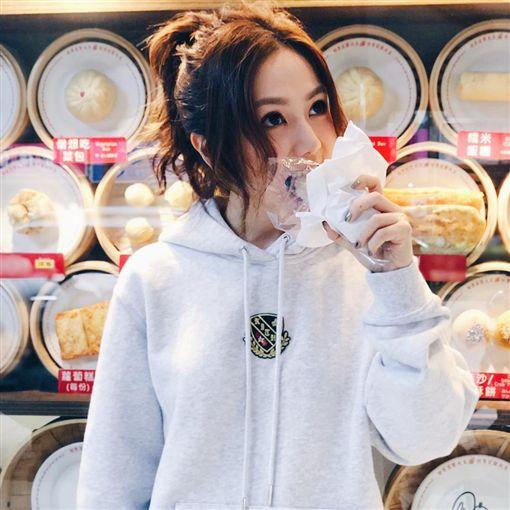 鄧紫棋,台灣,永和豆漿,飯糰(圖/翻攝自gem0816 Instagram)