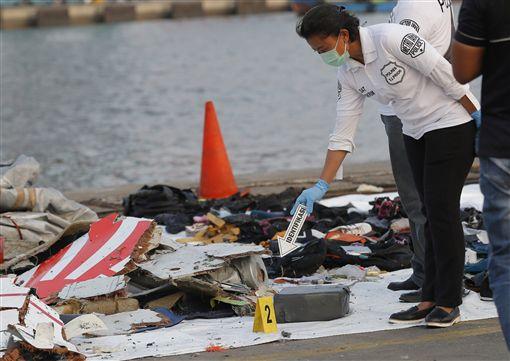 印尼獅子航空(Lion Air)一架客機今天失事墜落爪哇島北部外海(圖/美聯社/達志影像)