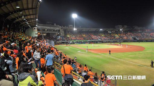 台灣大賽第3戰台南球場。(圖/記者王怡翔攝影)