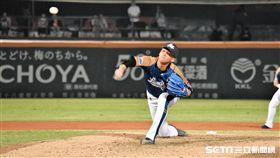 桃猿中繼投手蘇俊羽。(圖/記者王怡翔攝影)